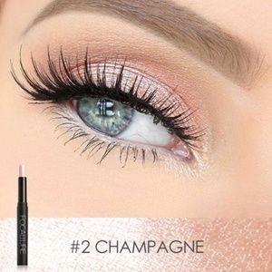 Focallure Eyeshadow Pencil Stick - 02 Champagne